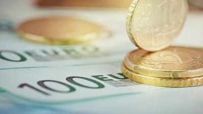 ΤτΕ: Έλλειμμα €1,1 δισ. στο ισοζύγιο τρεχουσών συναλλαγών τον Απρίλιo