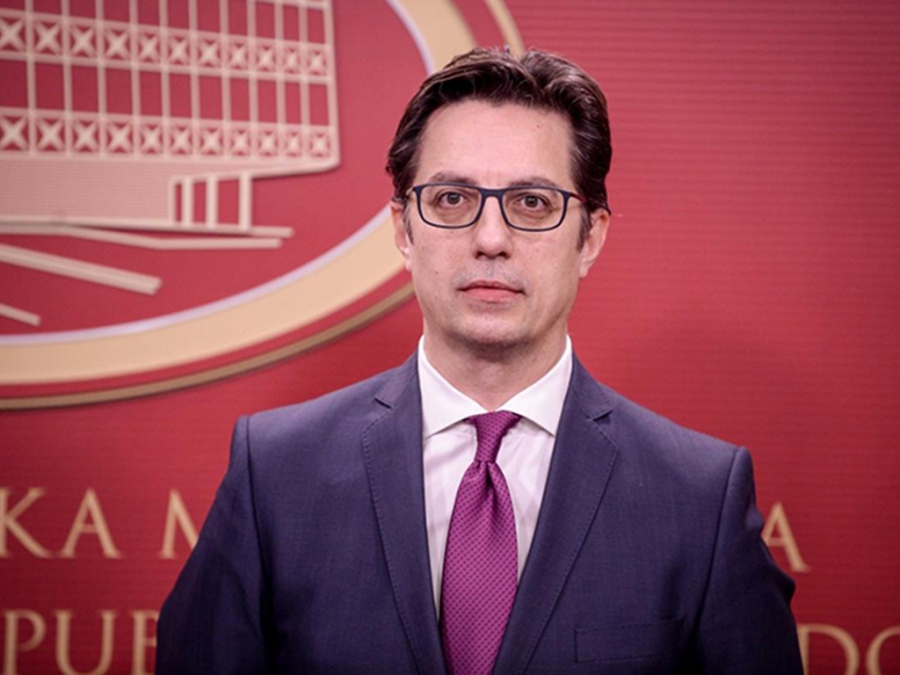 Στην Αθήνα ο πρόεδρος της Β. Μακεδονίας Πενταρόφσκι μετά από πρόσκληση της Κ. Σακελλαροπούλου