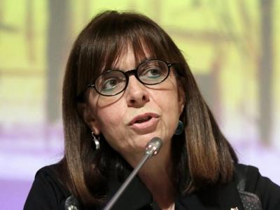 Η Κατερίνα Σακελλαροπούλου καταθέτει το 50% του μισθού της για τον Covid-19