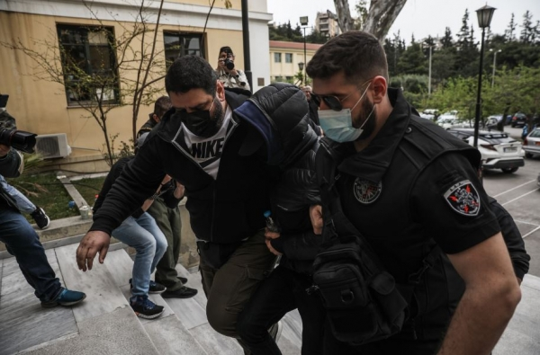 Στον εισαγγελέα ο Μένιος Φουρθιώτης - Κατηγορίες για σύσταση εγκληματικής ομάδας - Φέρεται να έδωσε 40.000 ευρώ στους ποινικούς