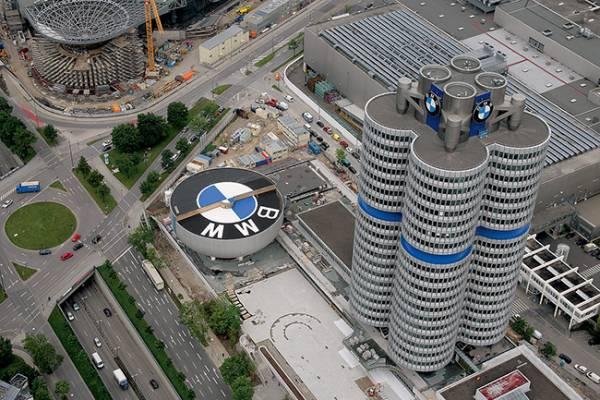 BMW: Πτώση πωλήσεων εξαιτίας της έλλειψης ημιαγωγών