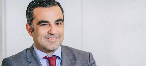 Ο Δρ. Ιω. Ζερβομανωλάκης στο ιατρικό δυναμικό της νέας Μονάδας Υποβοηθούμενης Αναπαραγωγής ΥΓΕΙΑ IVFAthens