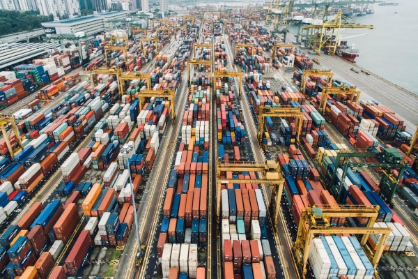 Alpha Bank: Ποιες εξαγωγές επηρεάστηκαν περισσότερο από την πανδημία