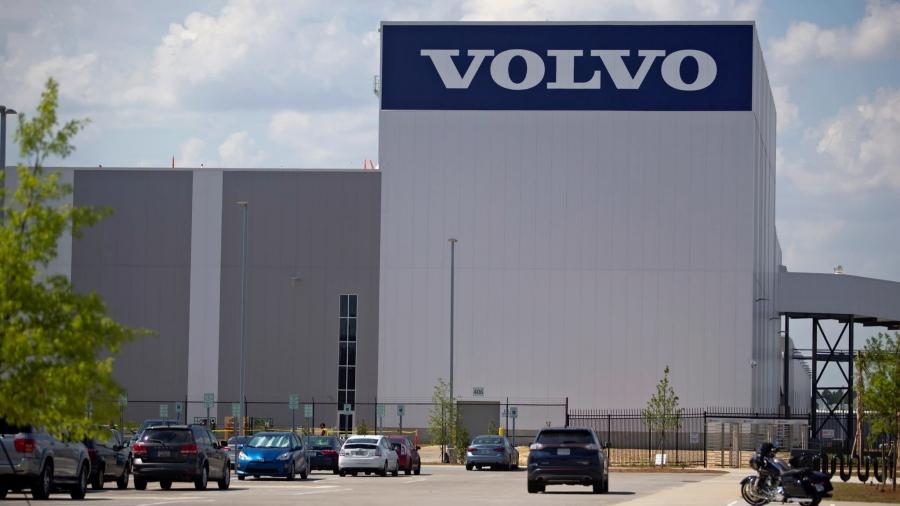 Volvo: Προχωρεί σε περικοπές 1.300 θέσεων εργασίας