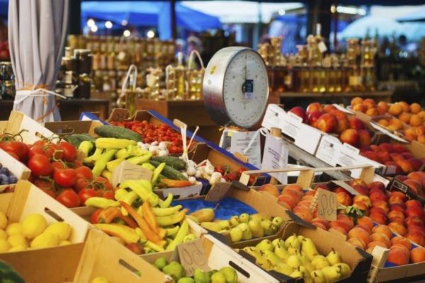 Εγκρίθηκε η πρώτη πληρωμή 7,1 εκατ. ευρώ προς παραγωγούς πωλητές σε λαϊκές αγορές