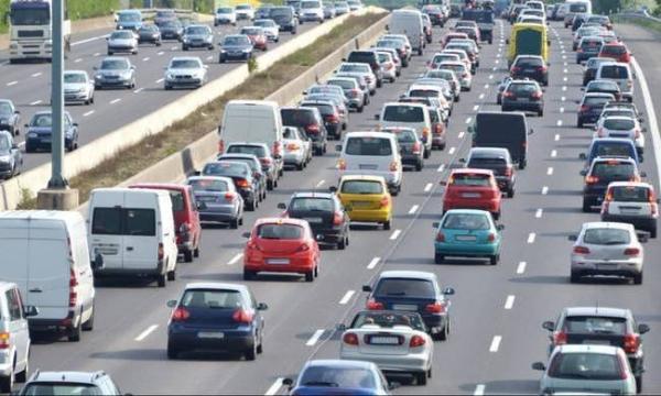 Τελευταία προθεσμία την Τετάρτη για την πληρωμή των τελών κυκλοφορίας