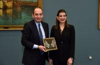 Συνάντηση κ. Γιάννη Πλακιωτάκη με την Υφυπουργό Ναυτιλίας της Κύπρου κυρία Νατάσα Πηλείδου