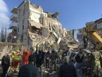 1,15 δισεκ. ευρώ για την ανοικοδόμηση στην Αλβανία μετά τον σεισμό