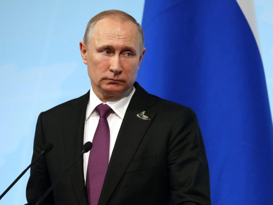 Η Ρωσία ανακοίνωσε την παρασκευή εμβολίου για τον Covid-19 - Εμβολίασε την κόρη του ο Πούτιν