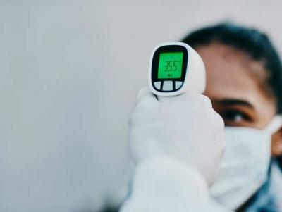 Η θερμομέτρηση και οι άλλες μέθοδοι ελέγχου δεν είναι πολύ αποτελεσματικές κατά του κορωνοϊού