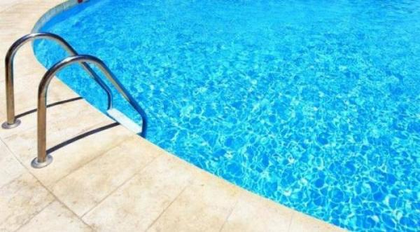 Ρόδος: Ζητούν αποζημίωση μαμούθ για το θάνατο των δύο αδελφών στην πισίνα ξενοδοχείου στη Ρόδο