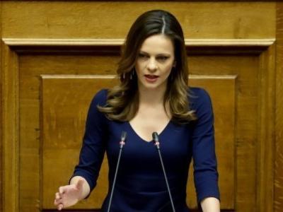 Ε. Αχτσιόγλου: Δύο ψεύδη και μεγάλη ανεπάρκεια από τον κ. Βρούτση για τις εκκρεμείς συντάξεις