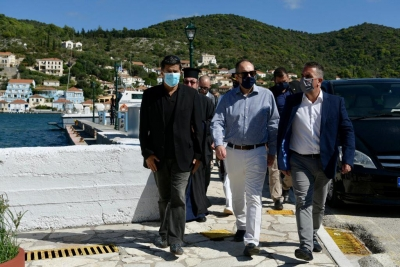 Δύο πλωτά περιπολικά με υγειονομικό εξοπλισμό για τα Ιόνια Νησιά ανακοίνωσε ο ΥΝΑΝΠ, Γ. Πλακιωτάκης