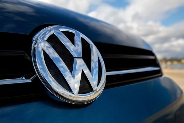 Volkswagen: Πολύ κοντά στην εξαγορά της Europcar