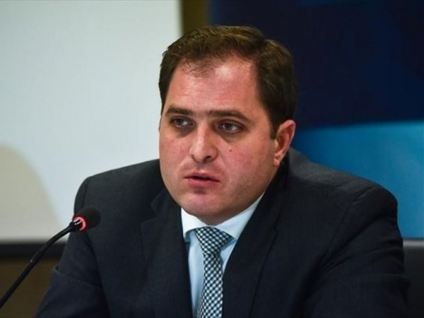 Γ. Πιτσιλής: Μέτρα για την αποφυγή συνωστισμού σε τράπεζες και εφορίες