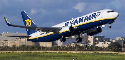 Ryanair: Θα εκτελεί το 40% των πτήσεών της τον Ιούλιο
