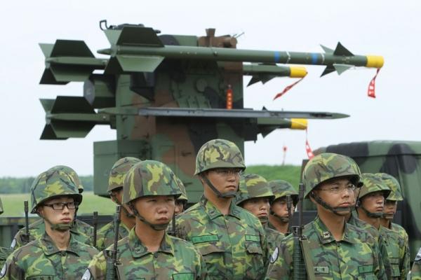 Η Ταϊβάν αυξάνει τις αμυντικές δαπάνες κατά 8,69 δισ. δολάρια
