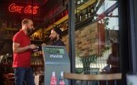 Coca-Cola Τρία Έψιλον: Αναζητεί 100 εποχικούς Μarket Developers σε 22 περιοχές της Ελλάδας