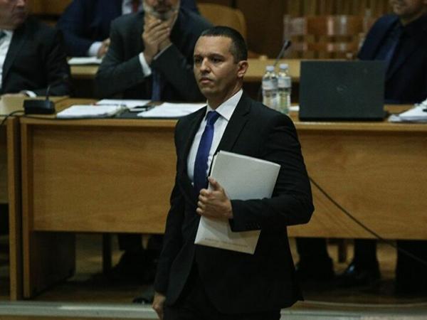 Παραδόθηκαν Κασιδιάρης, Πατέλης - Συνελήφθησαν όσοι ήταν στο Δικαστήριο