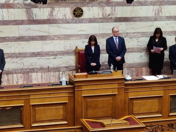 Ορκίστηκε η Κατερίνα Σακελλαροπούλου - Η πρώτη γυναίκα Πρόεδρος της Δημοκρατίας
