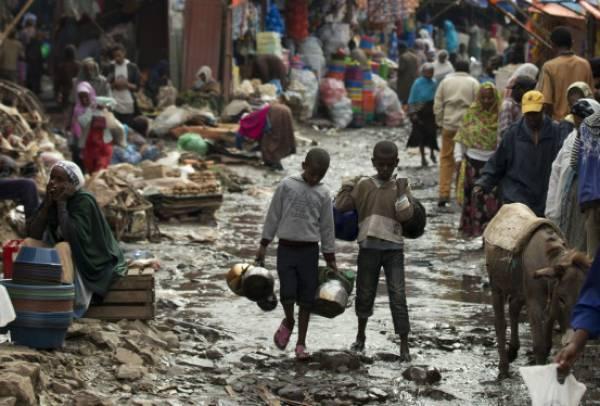 Παγκόσμια Τράπεζα: Το χρέος των φτωχών χωρών αυξήθηκε κατά 12% το 2020