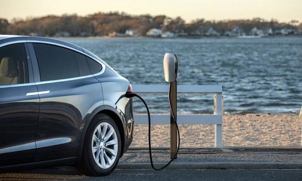 Ξεκινά το πρόγραμμα για την αγορά ηλεκτρικών οχημάτων