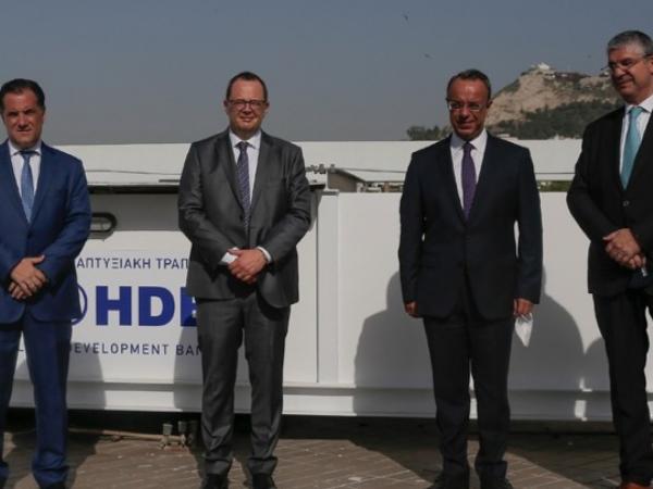 Nέα δανειακή σύμβαση Δημοσίου και ΕΤΕπ: Χρηματοδοτικά προγράμματα 2 δισ. ευρώ σε επιχειρήσεις