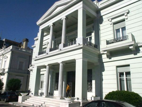 Υπουργείο Εξωτερικών: Καμία ξένη δύναμη δεν βρίσκεται σε ελληνικό έδαφος