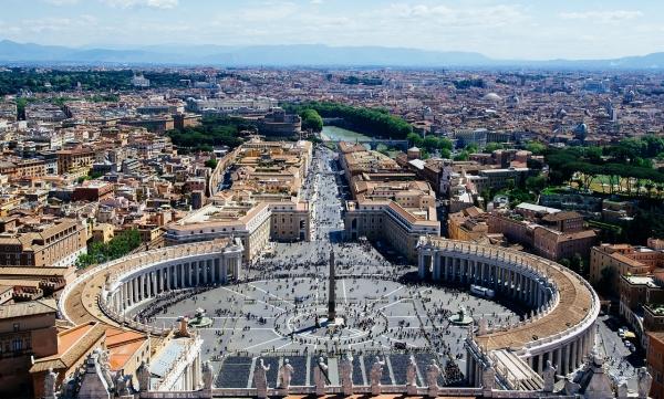 Βατικανό: Σκάνδαλο με αγορές πολυτελών κατοικιών στο Λονδίνο